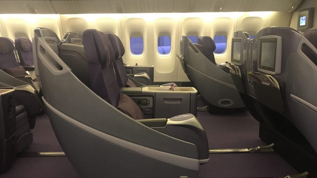 Thai Airways Business Class Boeing 777 Regional Sitze 2