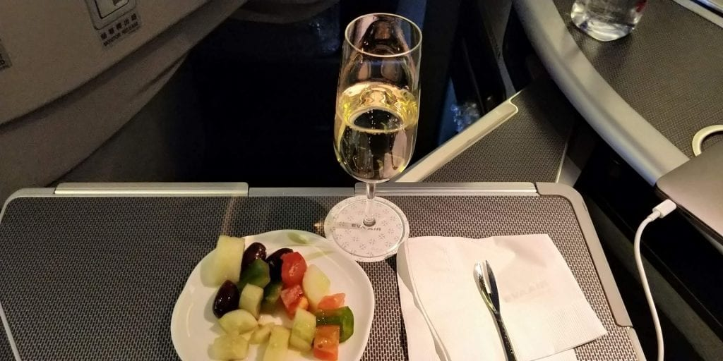 Eva Air Business Class Boeing 777 Amouse Bouche Champagner