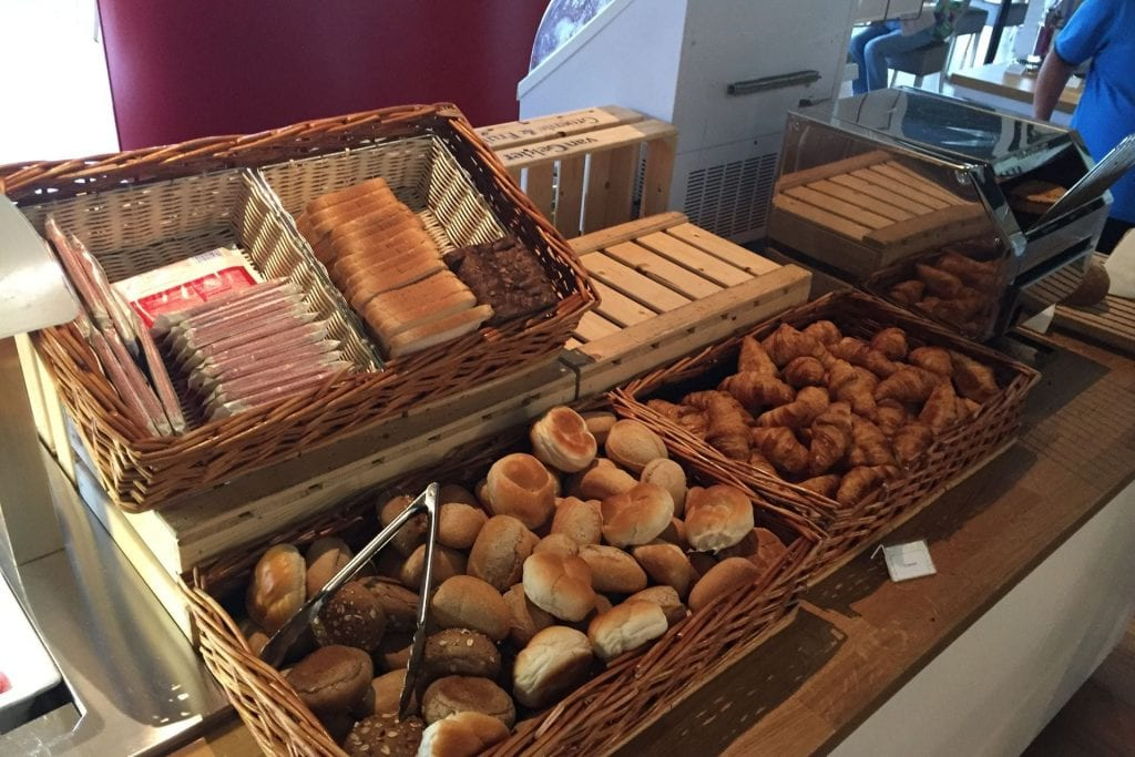 Hilton Garden Inn Leiden Breakfast 1
