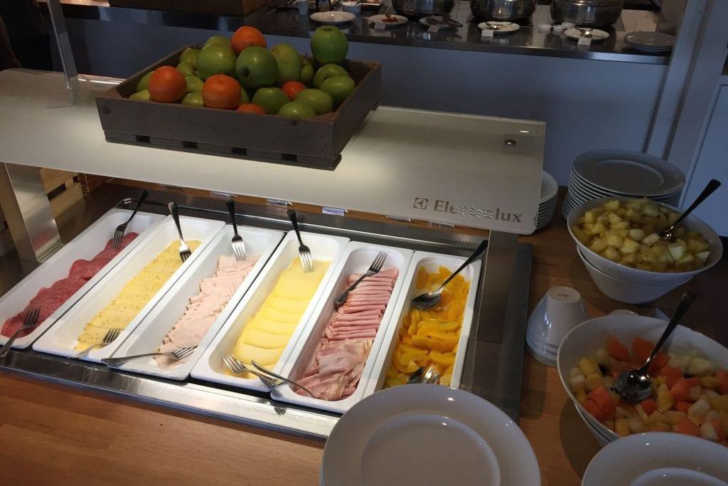Hilton Garden Inn Leiden Breakfast 2