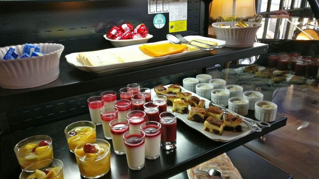 Hotel Royal Emeraude Dinard Frühstück 4