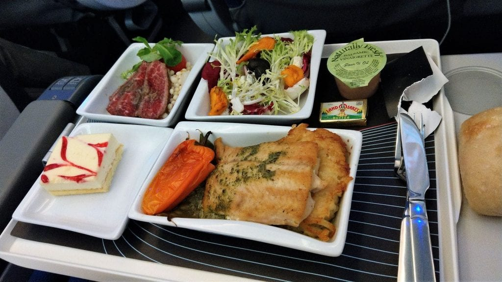 LOT Premium Economy Class Essen 3
