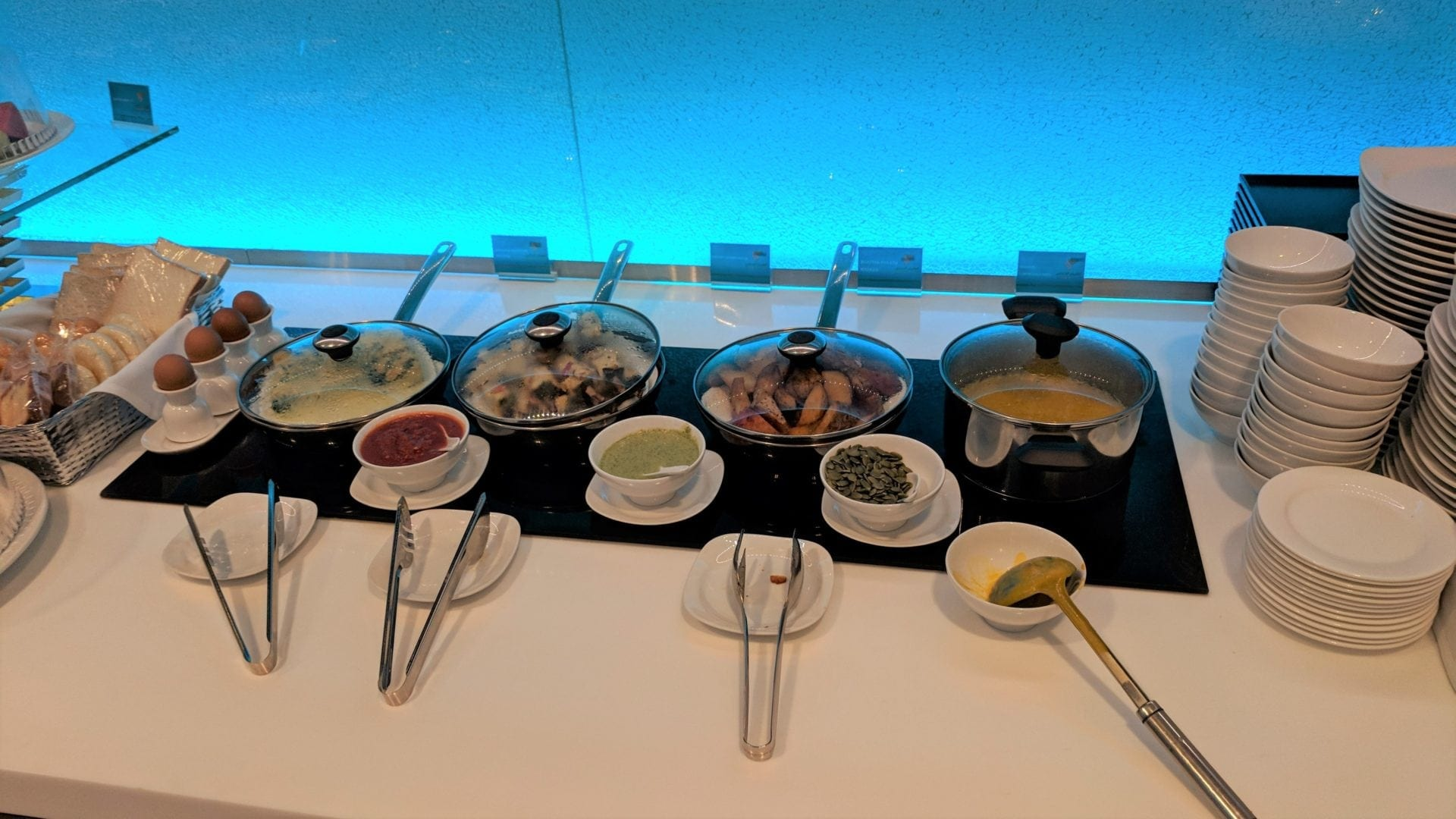 Oman Air Lounge Bangkok Catering (3)