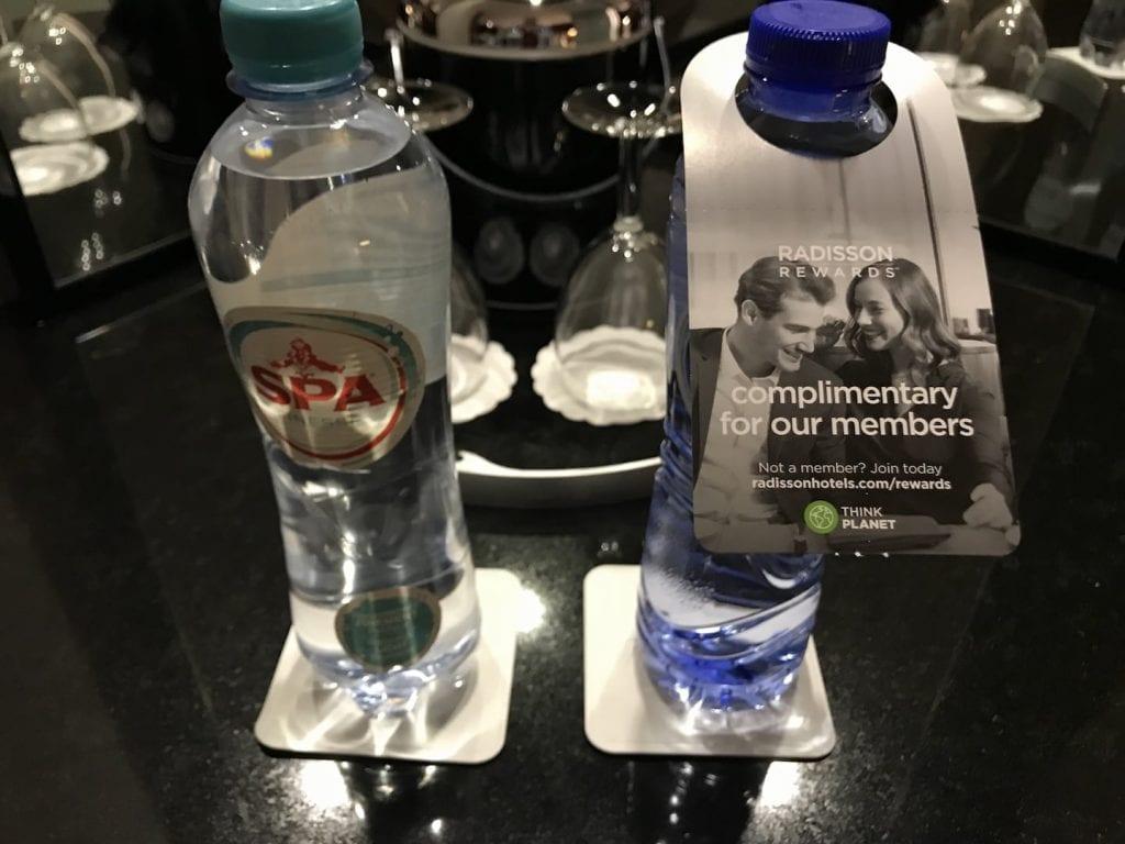 Radisson Blu Royal Bruessel Superior Zimmer Kostenfreies Wasser