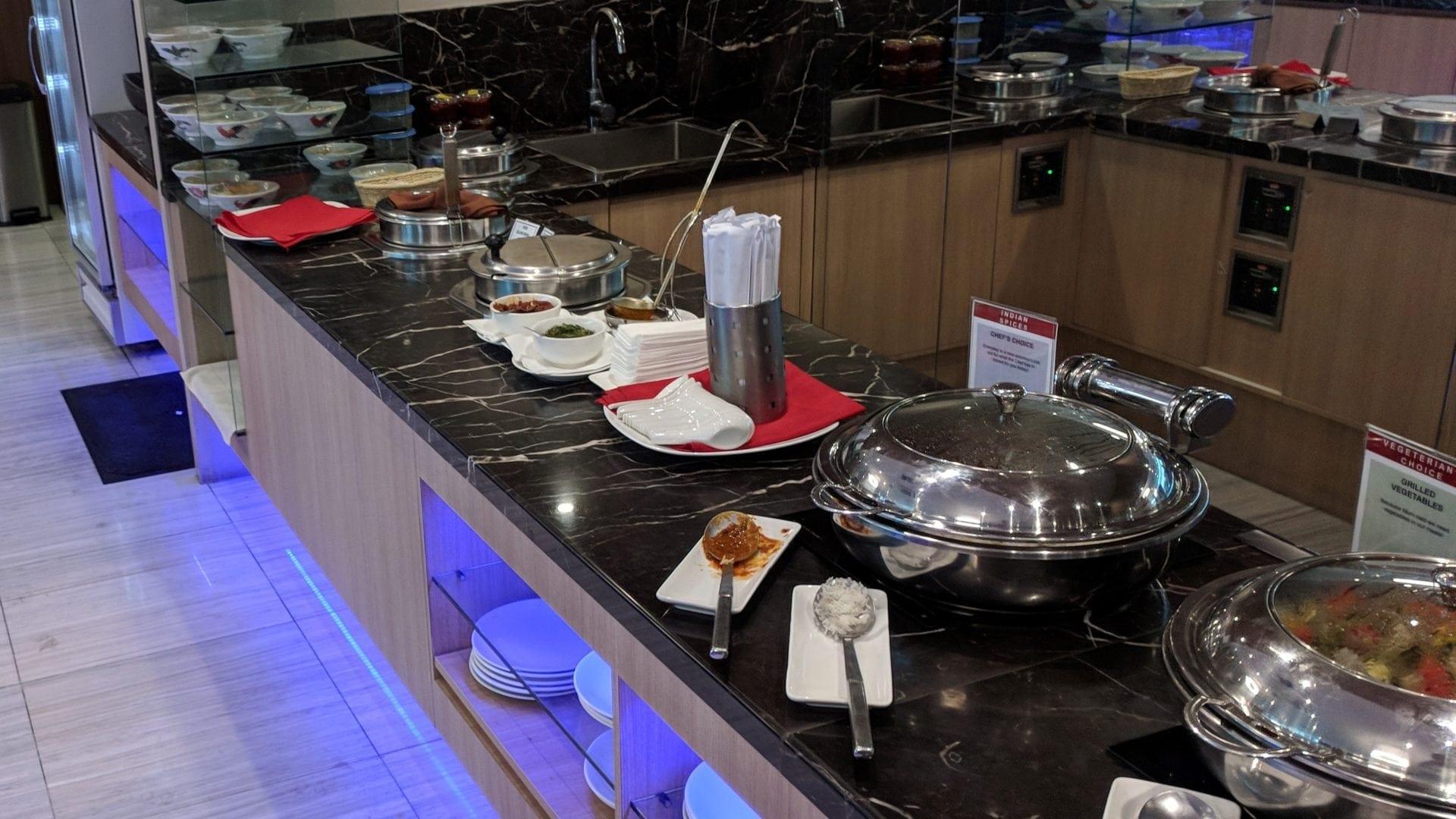 SATS Premier Lounge Singapur Catering