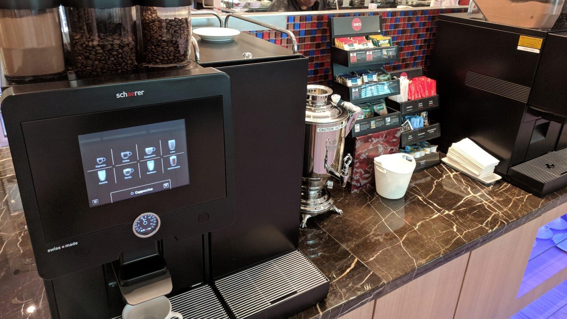 SATS Premier Lounge Singapur Kaffeemaschine
