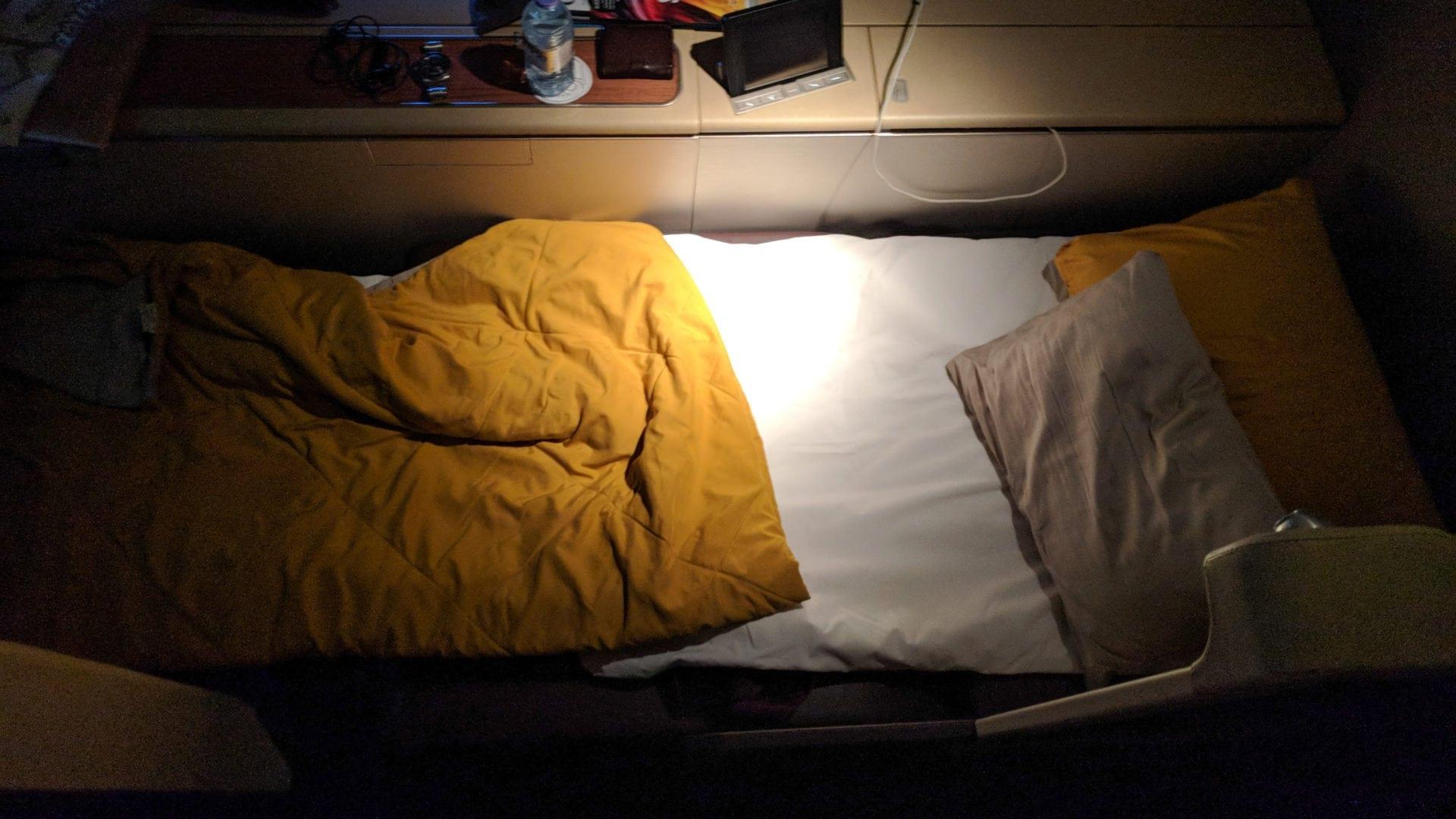 Thai First Class Boeing 747 Schlaf Bett