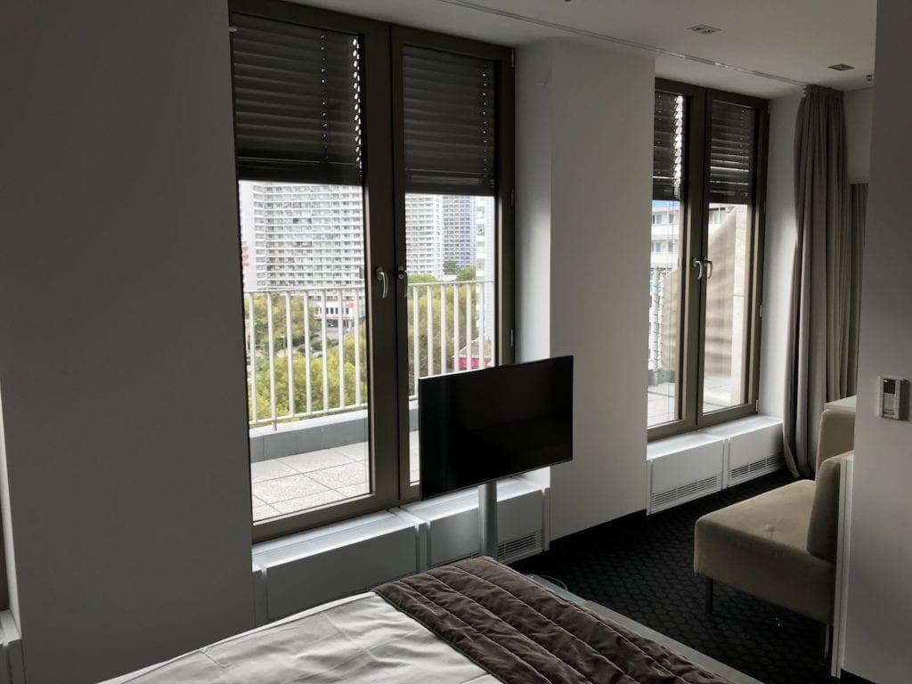 Cosmo Hotel Berlin Deluxe Zimmer 3
