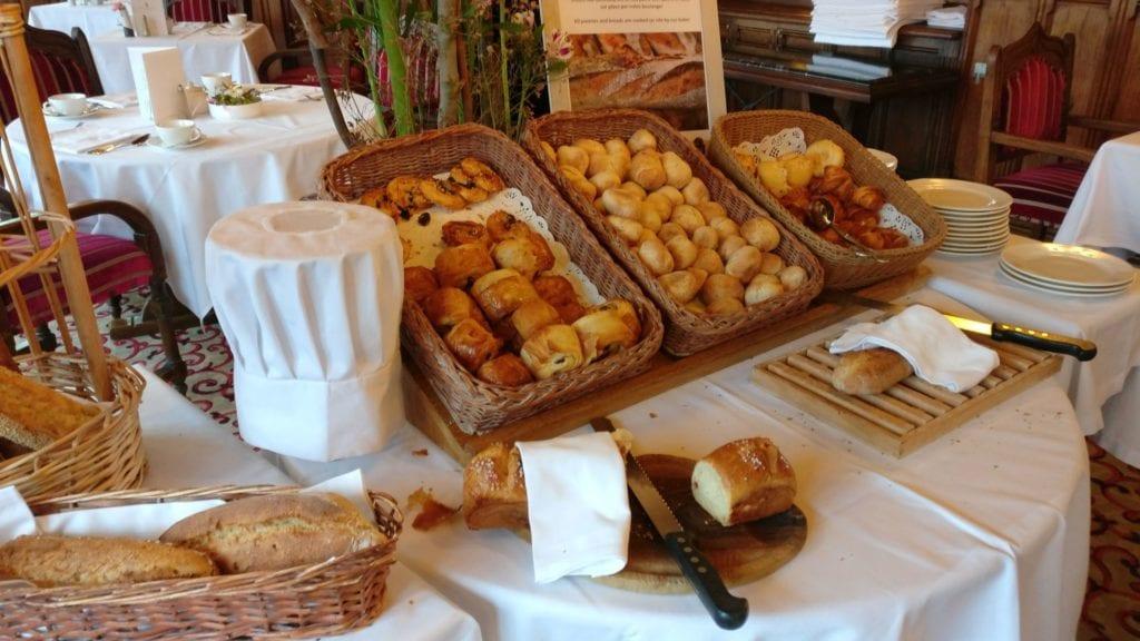 Hotel De La Cite Carcassonne Frühstück