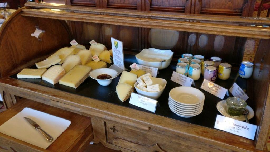 Hotel De La Cite Carcassonne Frühstück 4