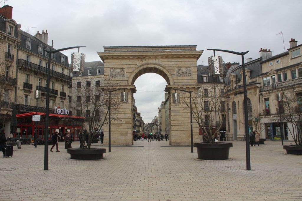 Porte Guillaume Dijon