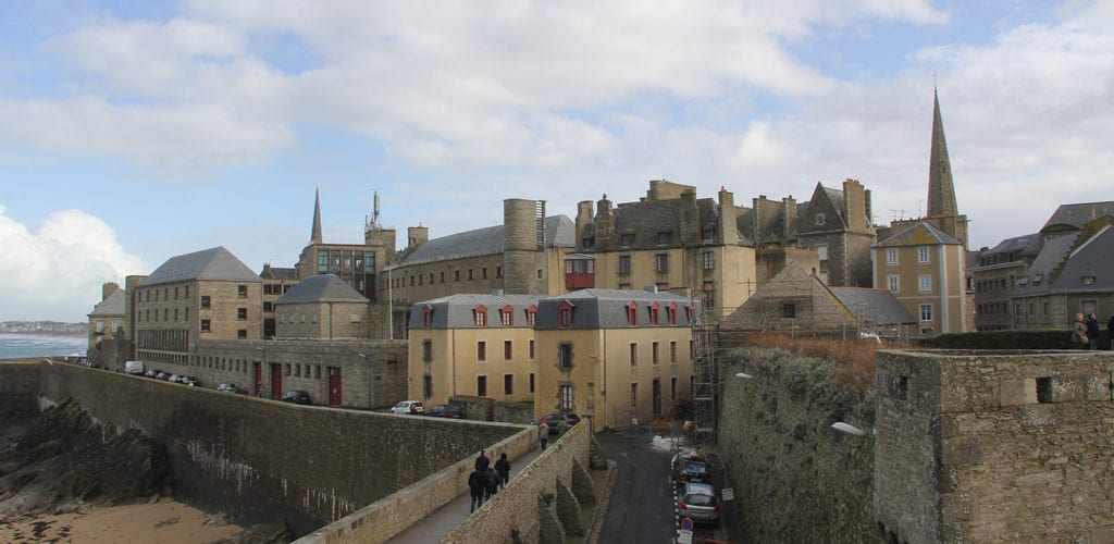 Saint Malo Stadtmauer 2
