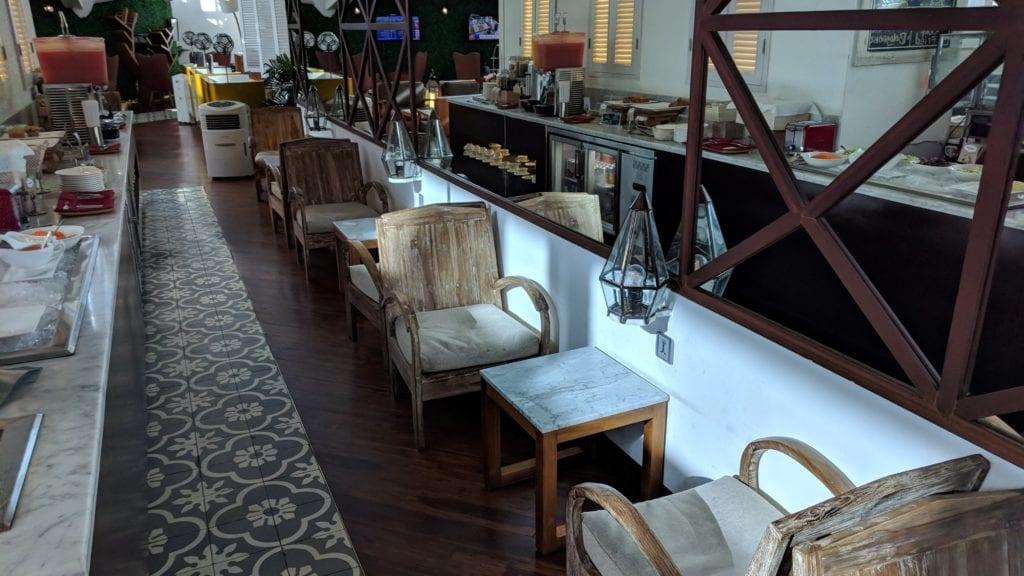 TG Lounge Bali Sitze
