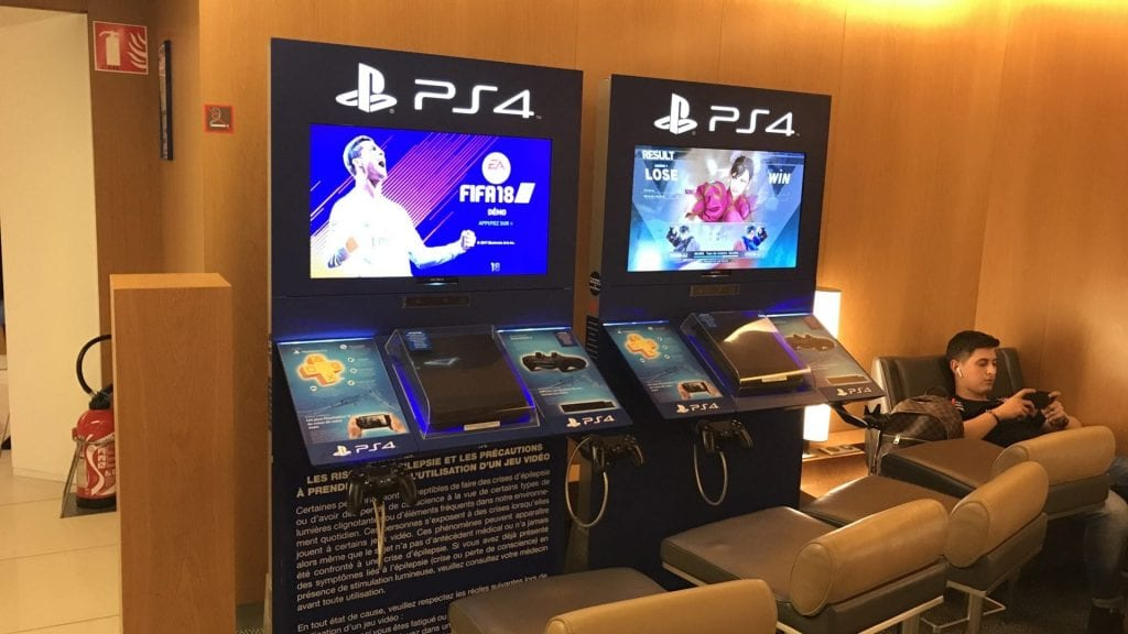 Air France Lounge Paris Cdg Terminal 2g Playstation Konsolen