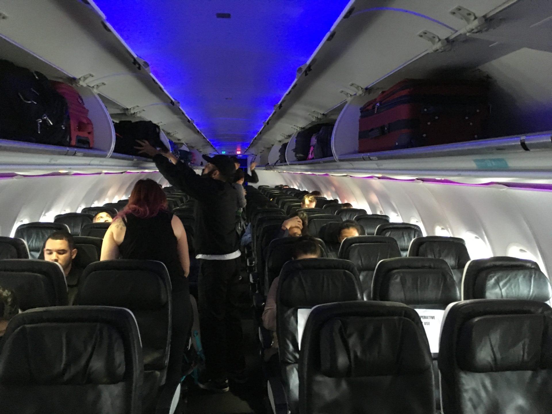Alaska Airlines Economy Class Kabine