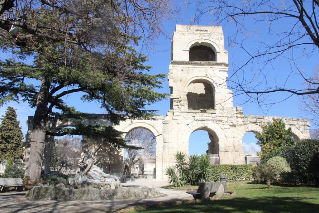 Arles Jardin D'été