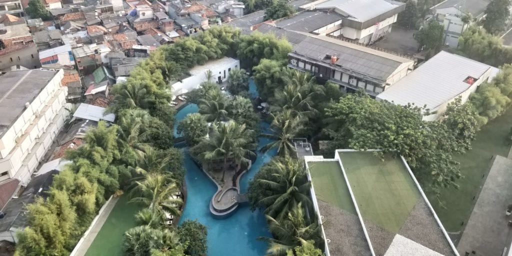 DoubleTree By Hilton Hotel Jakarta Zimmer Blick Pool