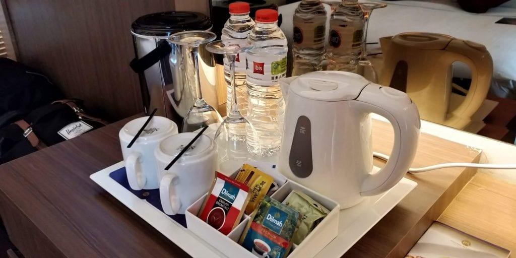 Grand Mercure Yogyakarta Zimmer Kaffee Tee