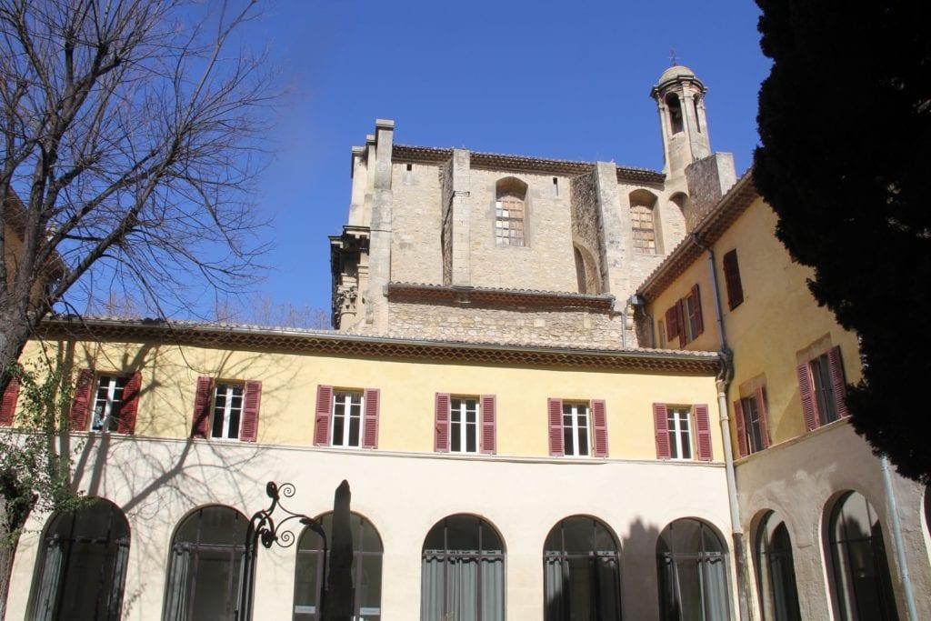 Hotel Jules Cesar Arles Innenhof