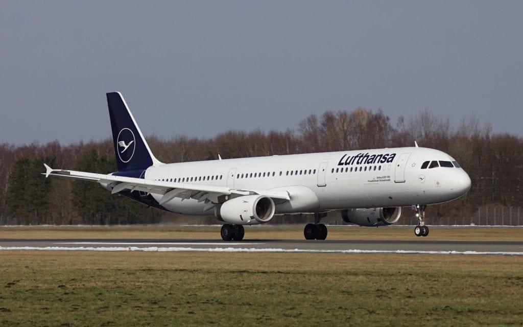 Lufthansa Airbus A321 Neue Lackierung Start