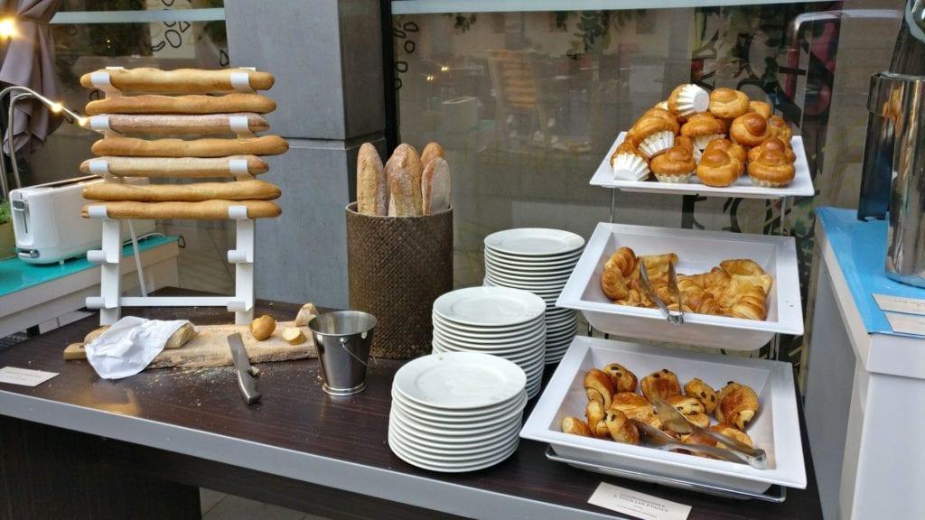 Novotel Nimes Atria Frühstück 4