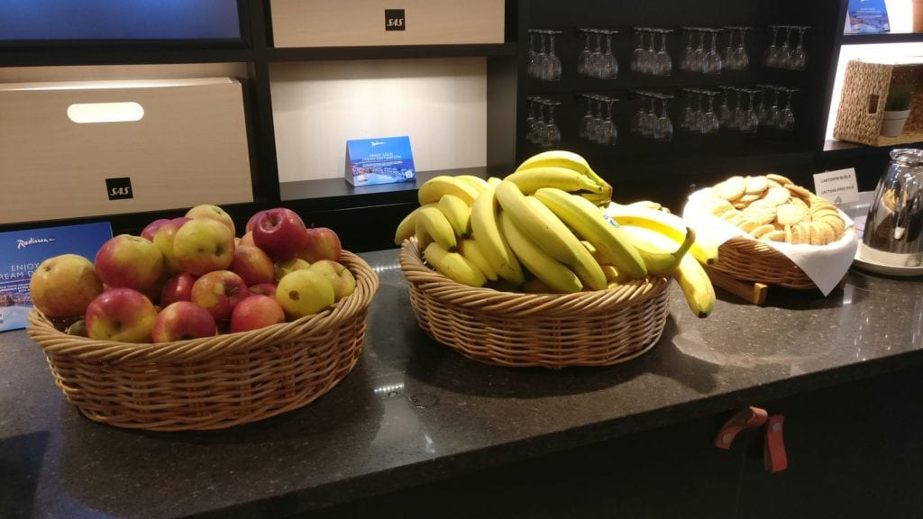 SAS Business Lounge Stockholm Buffet 4