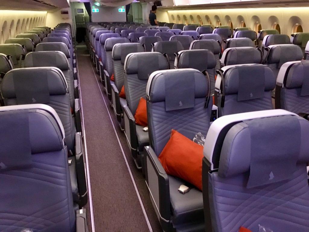 Singapore Airlines Premium Econom Class ULR Kabine
