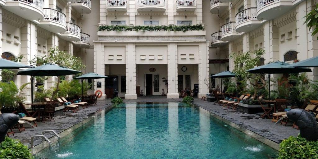 The Phoenix Hotel Yogyakarta Pool 3