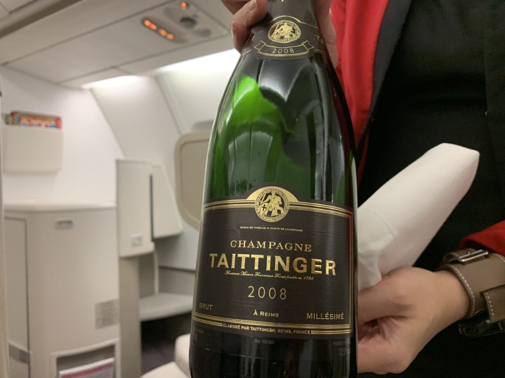 Cathay Dragon First Champagner