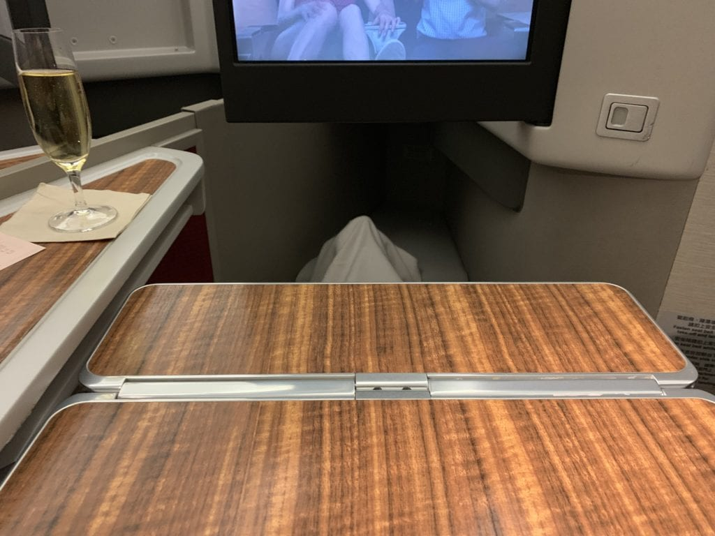 Cathay Dragon First Klapptisch