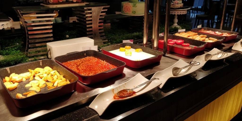 Crowne Plaza Ningbo City Center Frühstück 8