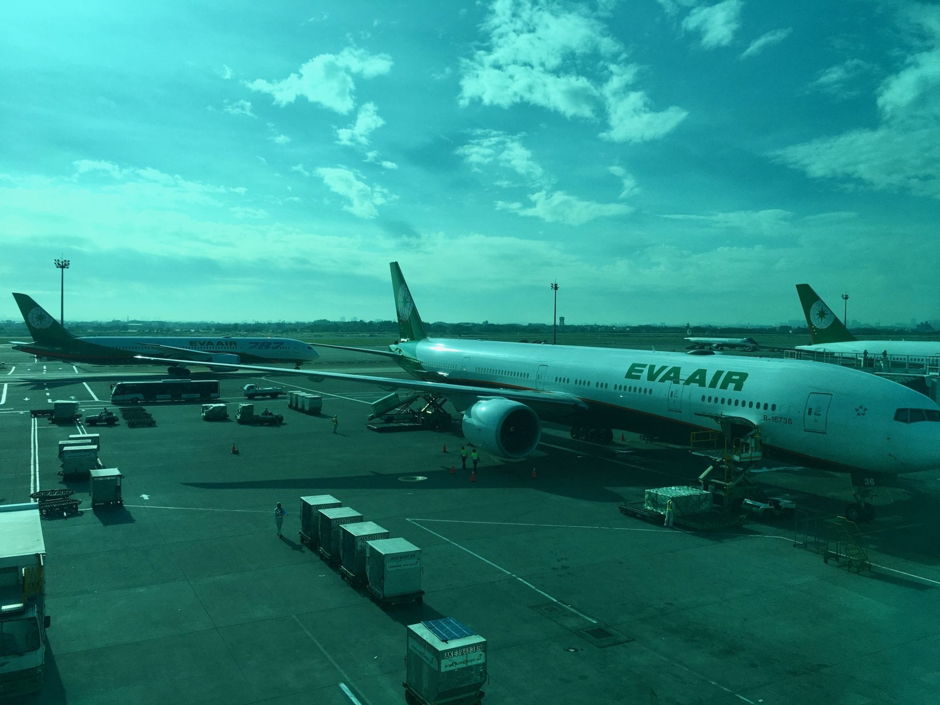 EVA Air B777 B787 In TPE