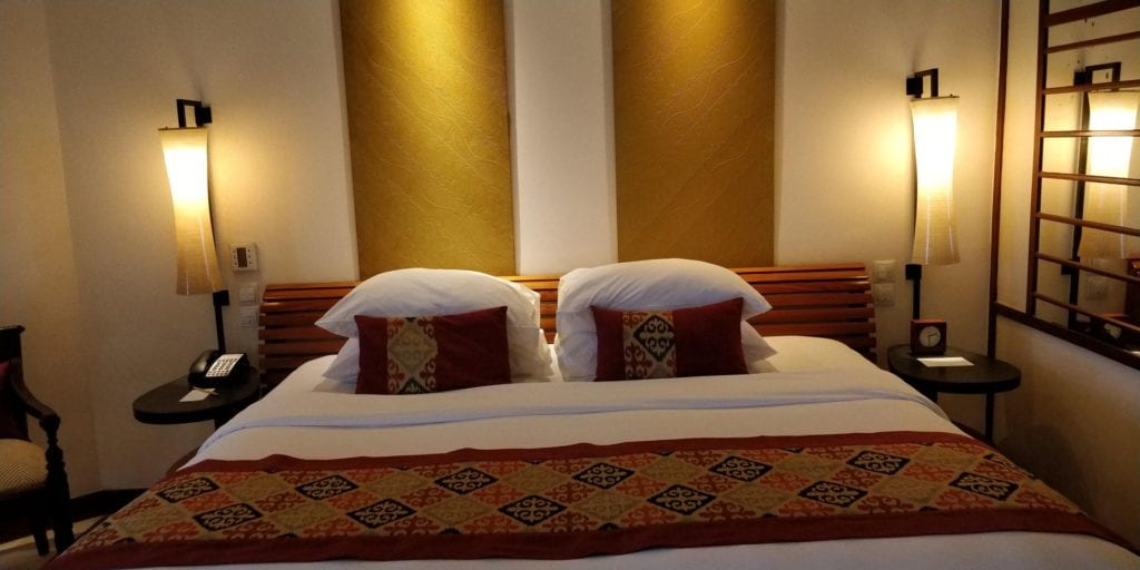 Grand Hyatt Bali Zimmer Bett