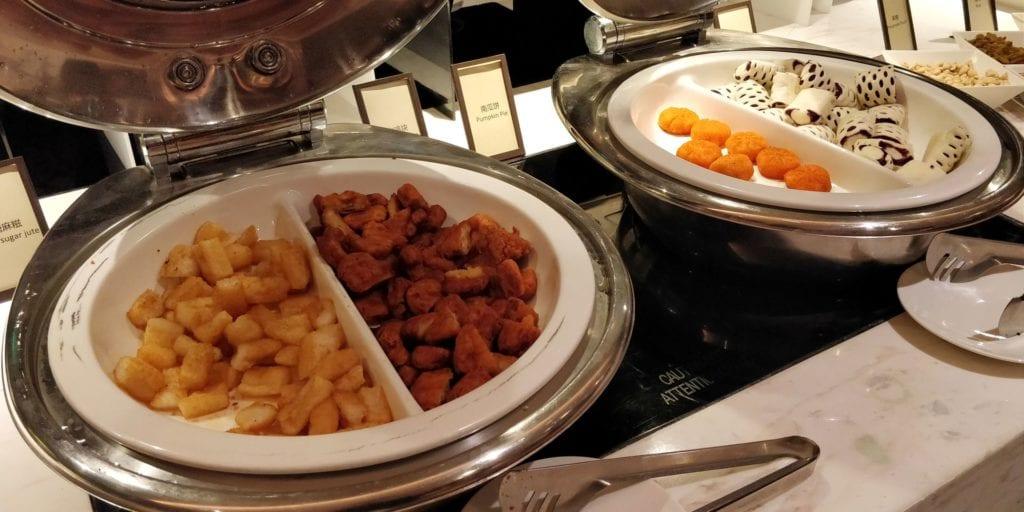 Hilton Ningbo Dongqian Lake Resort Lounge Abendessen 2