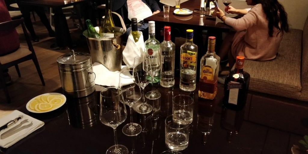 Hilton Ningbo Dongqian Lake Resort Lounge Abendessen 4
