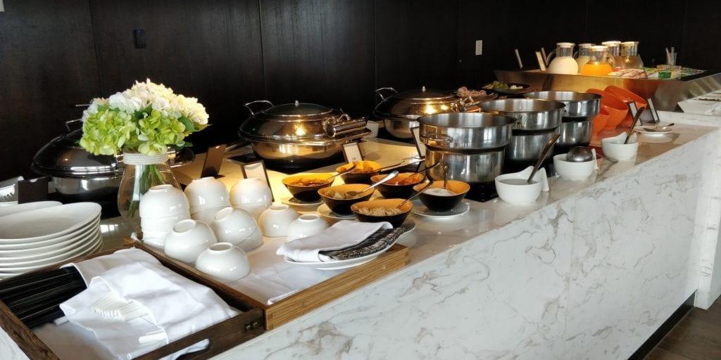 Hilton Ningbo Dongqian Lake Resort Lounge Frühstück