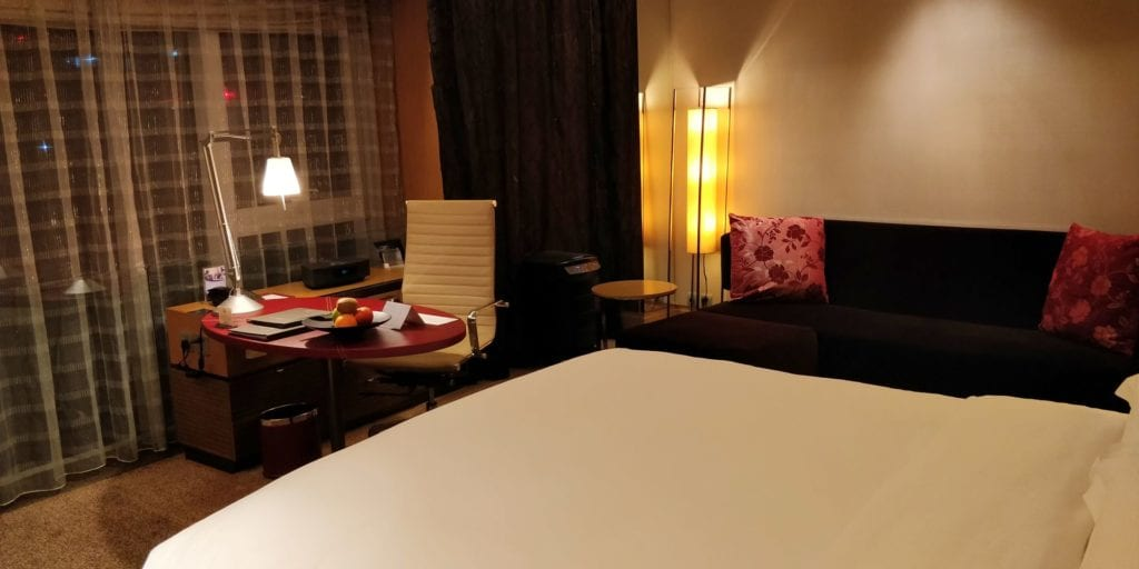 Hilton Peking Executive Pure Zimmer 2