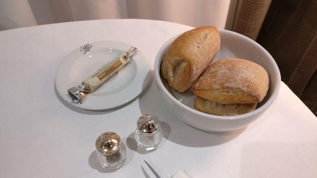 Park Hotel Grenoble Room Service 3