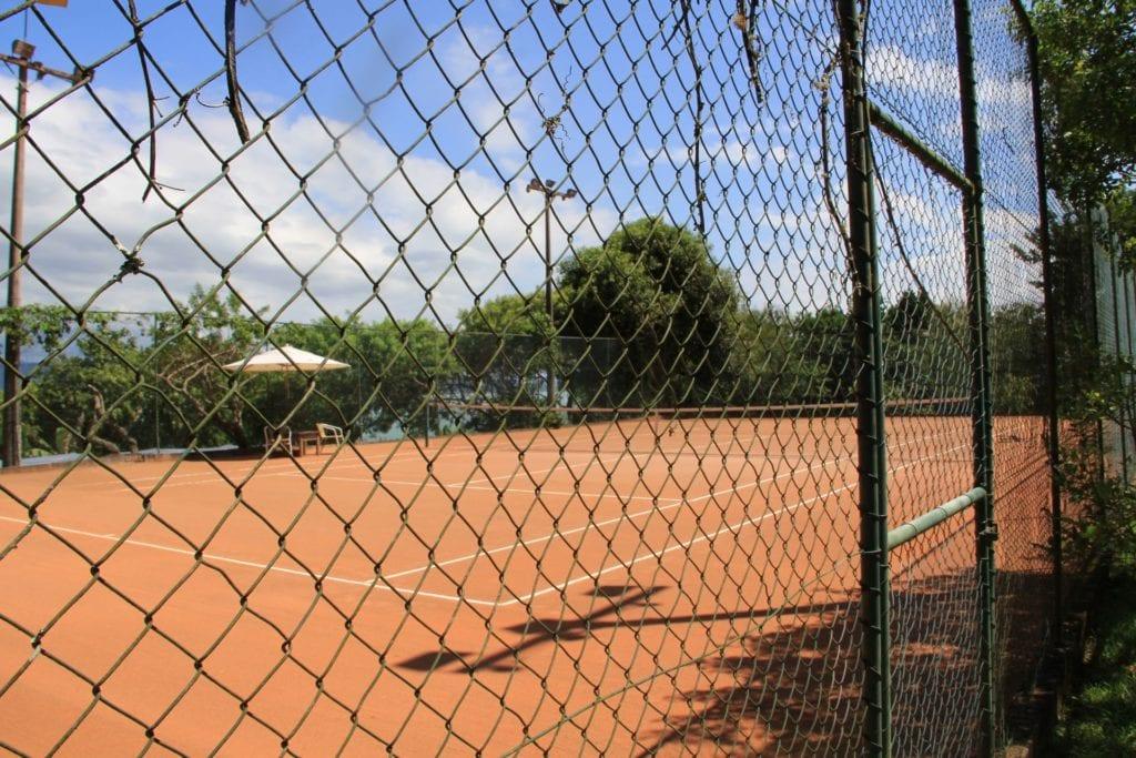 Ponta Dos Ganchos Resort Tennis