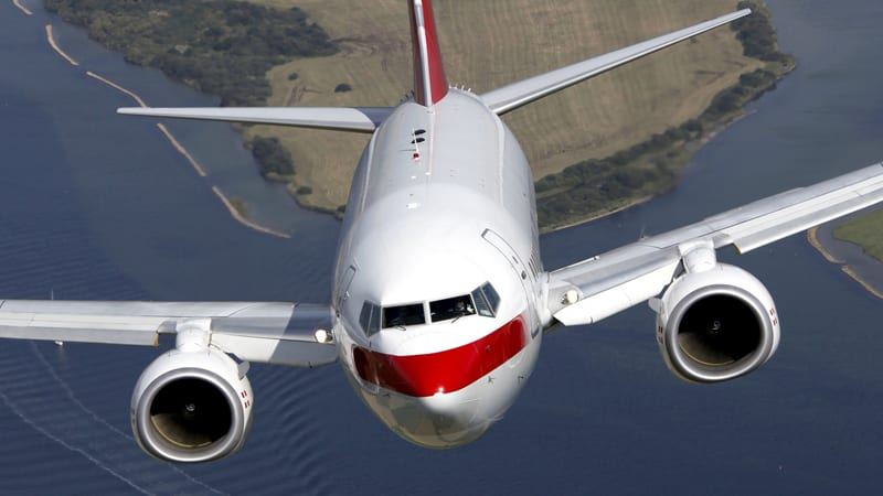 PrivatAir Boeing 737