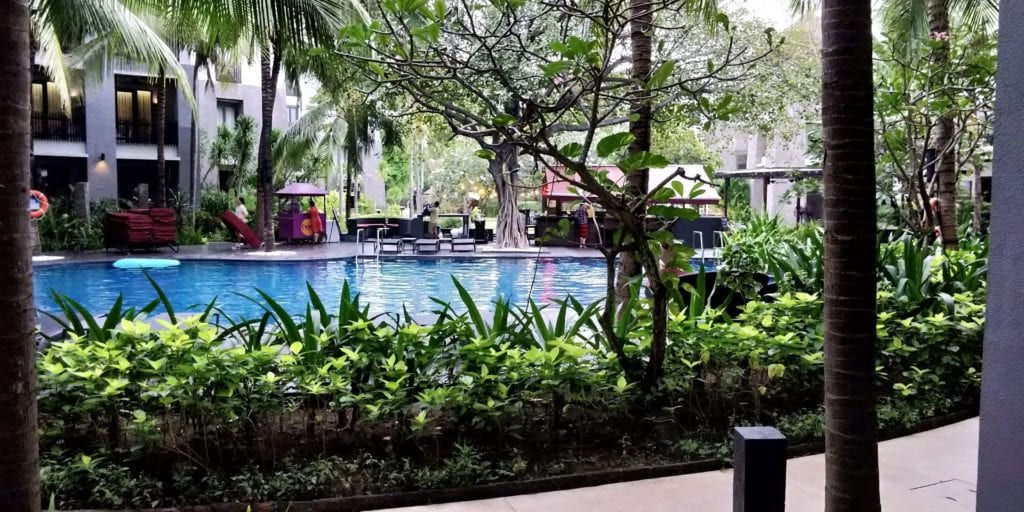 Pullman Bali Legian Beach Zimmer Blick Pool