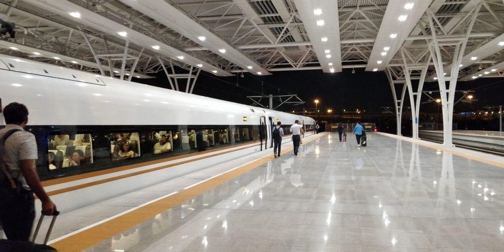 Schnellzug China Bahnhof