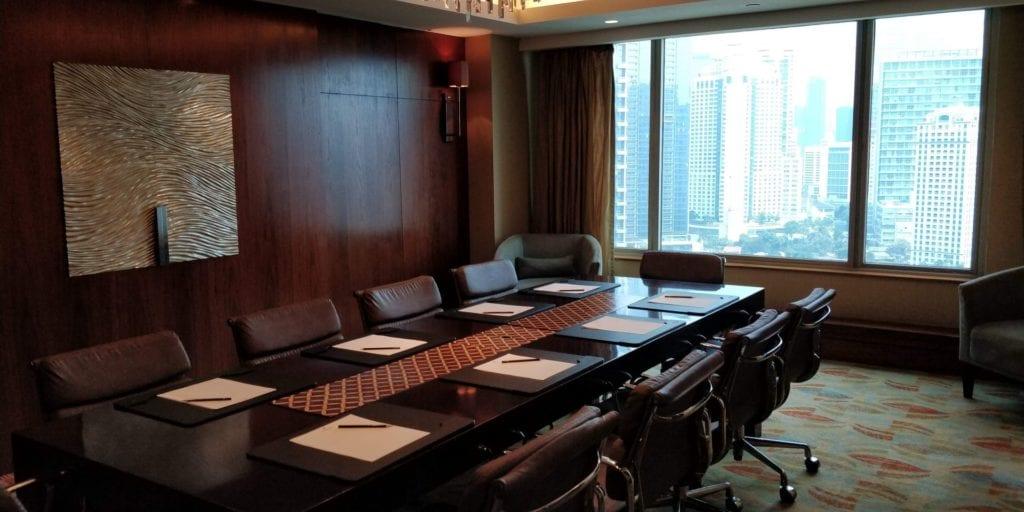 Shangri La Jakarta Horizon Club Lounge Meeting Raum