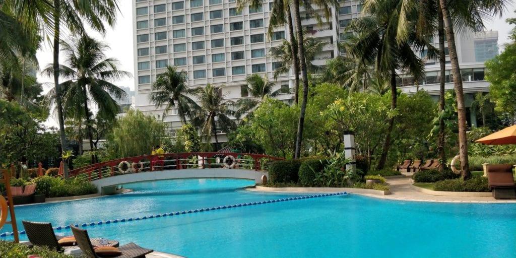 Shangri La Jakarta Pool 2