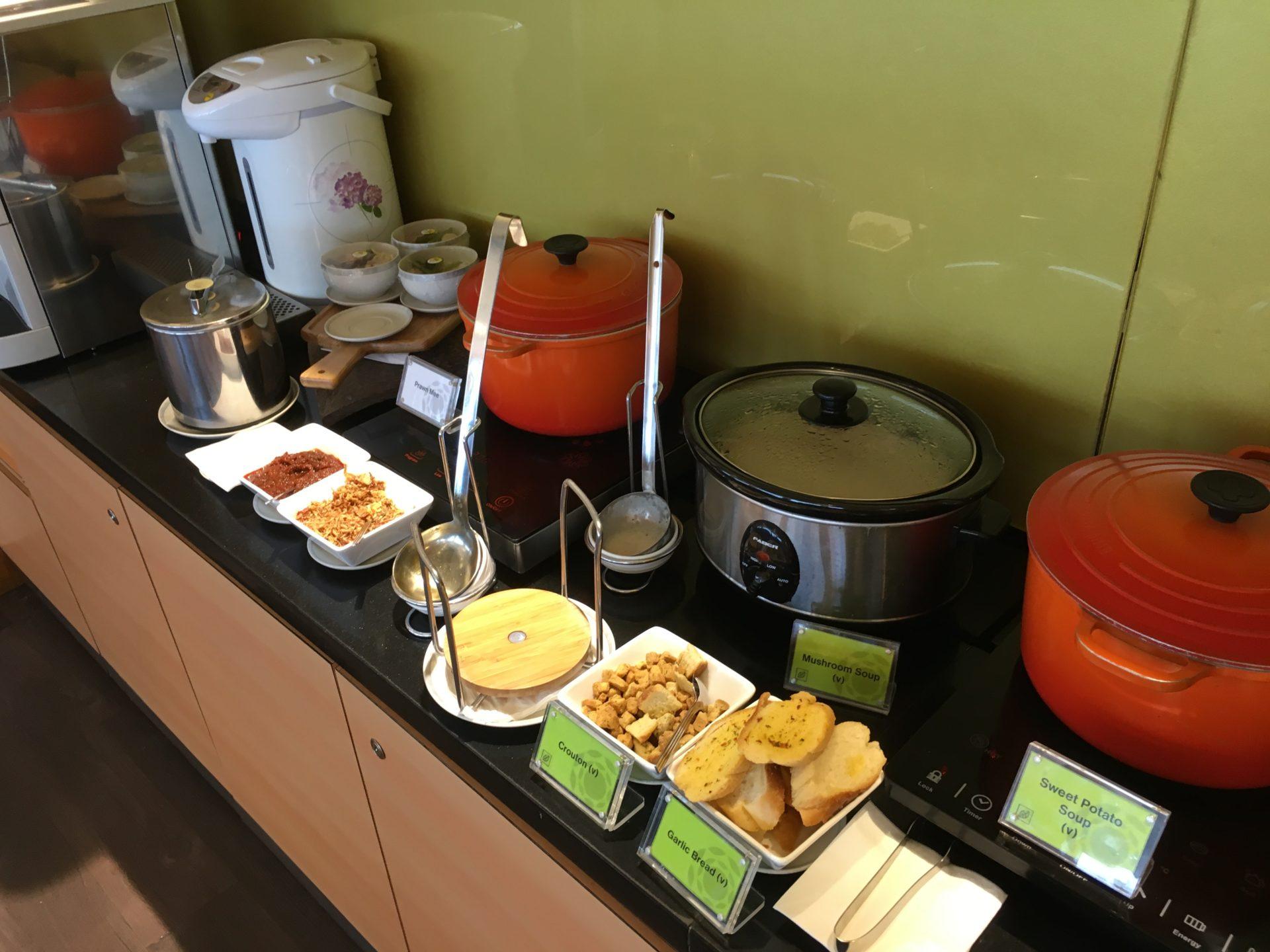 SilverKris Lounge Kuala Lumpur Buffet 4