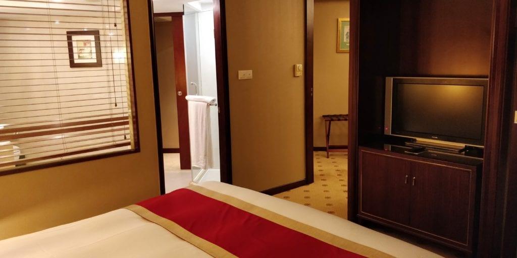 Sofitel Shanghai Hyland Prestige Suite 6