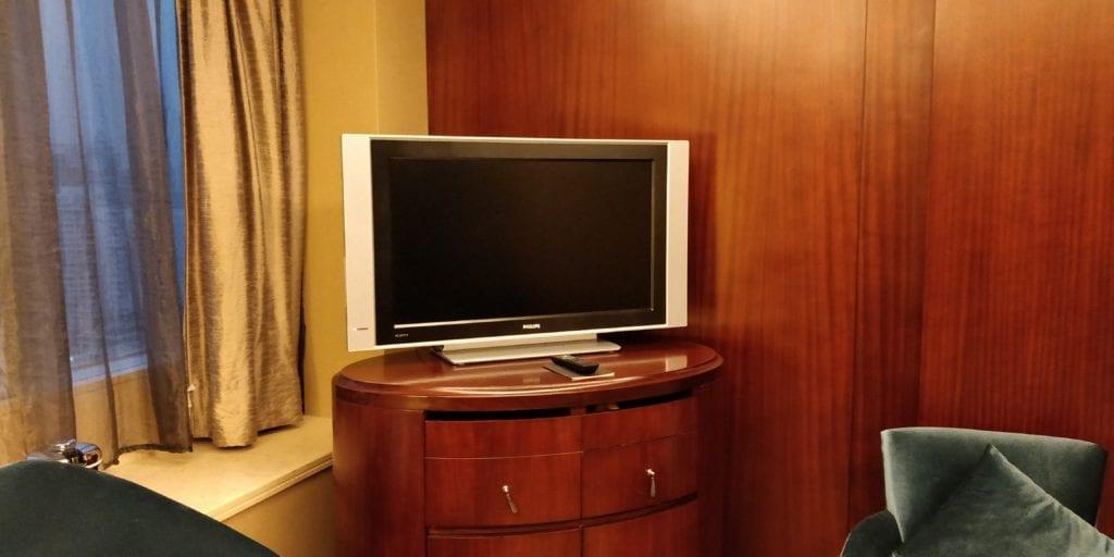 Sofitel Shanghai Hyland Prestige Suite 8