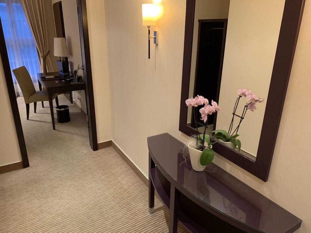 Steigenberger Hotel De Saxe Suite Eingangsbereich 1