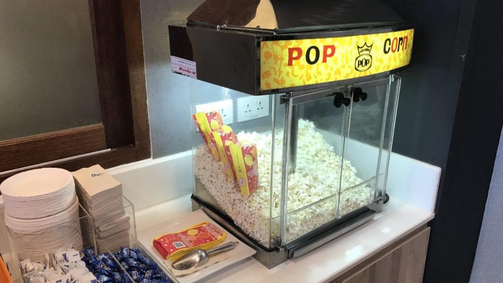 Bangkok Airways Lounge Siem Reap Buffet Popcorn Maschine