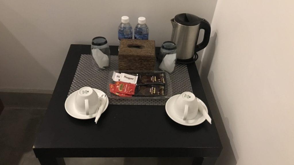 Long Set Resort Koh Rong Zimmer Kaffee